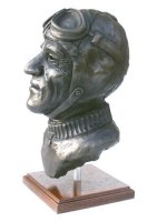 nuvolari sculpture